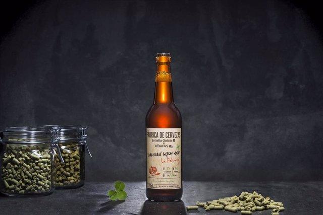 Estrella Galicia lanza 'La Pelirroja', su primera cerveza colaborativa