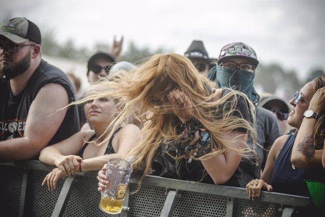 Escuchar death metal no te hace insensible a la violencia