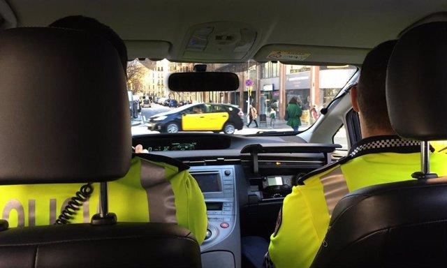 Barcelona convoca 293 plazas de agente de la Guardia Urbana para este año