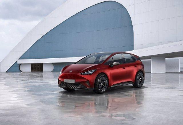 El primer vehículo 100% eléctrico de Seat se llamará 'el-Born' y tendrá 420 kiló