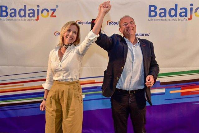 Monago subraya la valía de Calderón para ser la próxima alcaldesa de Burguillos