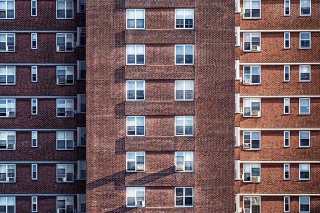 Economía/Vivienda.- Los portales inmobiliarios prevén moderación en los precios