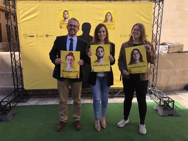 Rebeca Pérez presenta la campaña 'Yo no lo soy ¿y tú?'