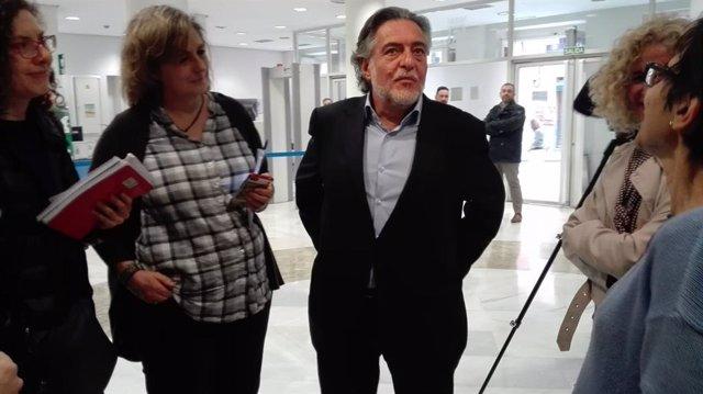 """Pepu Hernández dice que su lista tendrá """"huella PSOE"""" y no se pone barreras de c"""