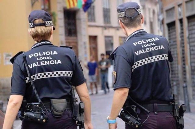 Valencia.- Sucesos.- Detenido un joven de 18 años por agredir a su pareja porque