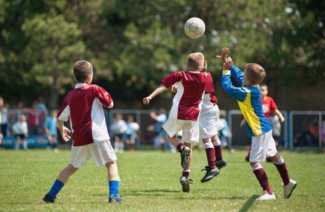 La práctica de deporte entraña riesgos de lesiones que pueden prevenirse