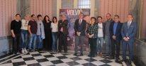 Elenco de actores, director, alcalde, edil Cultura