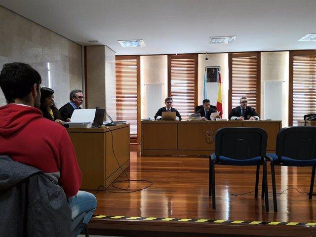 Testemuñas desmenten a coartada do acusado polo incendio de Ribeira pero o d