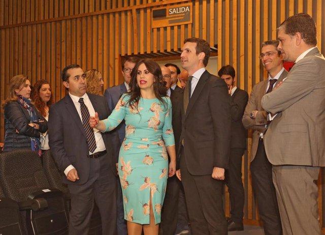 Pablo Casado recibe en Valladolid el premio al 'Mejor Comunicador' que concede l