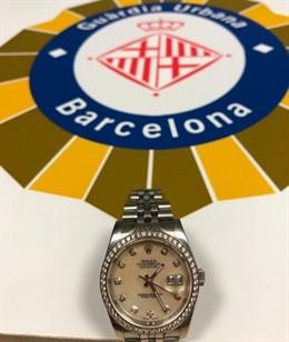 Successos.- Detingut per robar un rellotge d'uns 100.000 euros a un turista en B