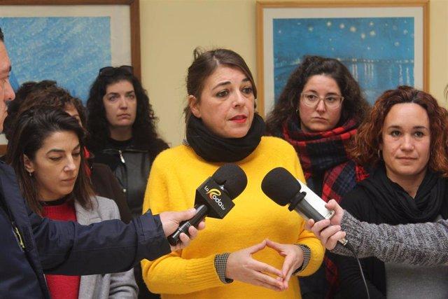 La responsable del área feminista del PCA, Elena Cortés