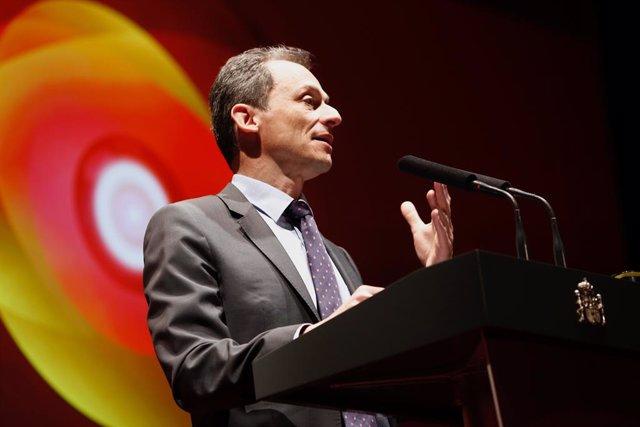 El ministre de Ciència, Innovació i Universitats,  Pedro Duque, participen en
