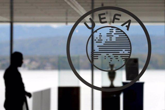 """Fútbol.- La UEFA responde a Tebas: """"Como suele ser habitual habla sobre informac"""