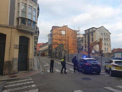 Sofocado un incendio en un edificio deshabitado y clausurado de la calle Alta