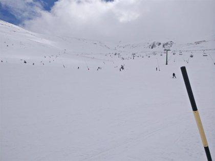 Valdezcaray abre con 16 pistas y 14,15 kilómetros esquiables