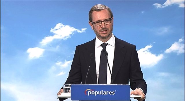 Rueda de prensa del vicesecretario de Organización del PP, Javier Maroto