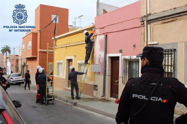 Almería.-Sucesos.-Tres detenidos en una operación que desactiva 114 enganches il