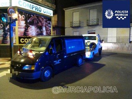 Detenido un individuo en Murcia por robar un furgón funerario con el que quería marcharse de la ciudad
