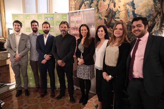 L'Advocacia Jove de Barcelona llança una campanya que preveu recaptar 5.000 euro