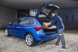 Economía/Motor.- Skoda prueba un sistema de entregas en el maletero de sus vehíc
