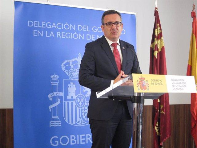 El delegado del Gobierno en Murcia, Diego Conesa, comparece en rueda de prensa
