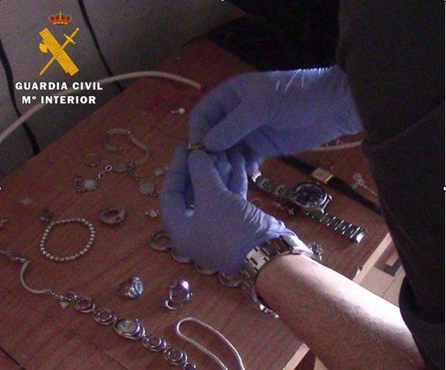Sucesos.- Tres detenidos y tres investigados por el robo con fuerza en viviendas