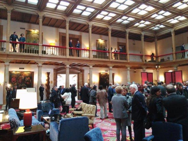 El Hall del Reconquista en la mañana de las Audiencias Reales por los Princesa.