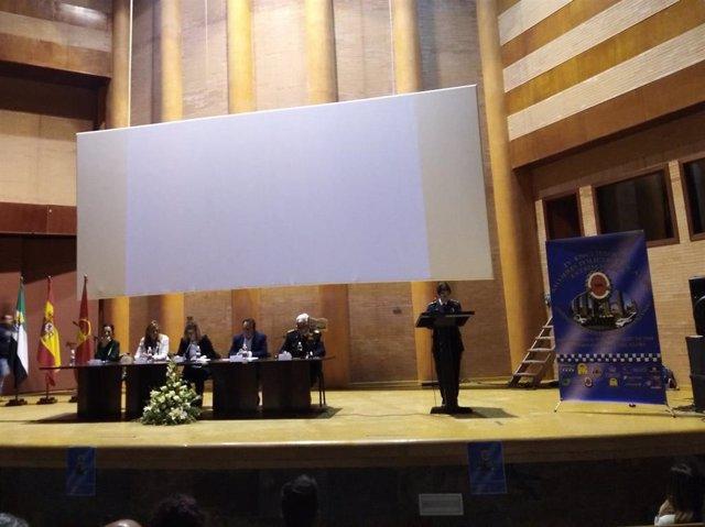 Sara IV Encuentro de Mujeres Policias Locales Extremeñas