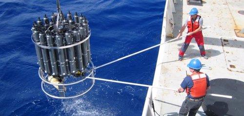 Se mutiplica la absorción marina de CO2 por emisiones de combustibles