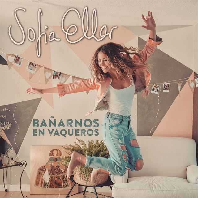 Sofía Ellar llama a la libertad de las mujeres en Bañarnos en Vaqueros