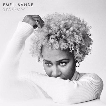 Emeli Sandé estrena Sparrow, su inspirador y grandilocuente nuevo himno