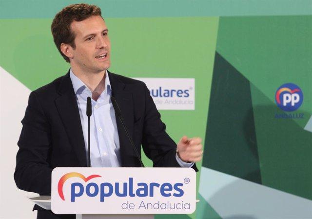 Pablo Casado, i  Juanma Moreno, participen en el Comit Executiu del PP-A