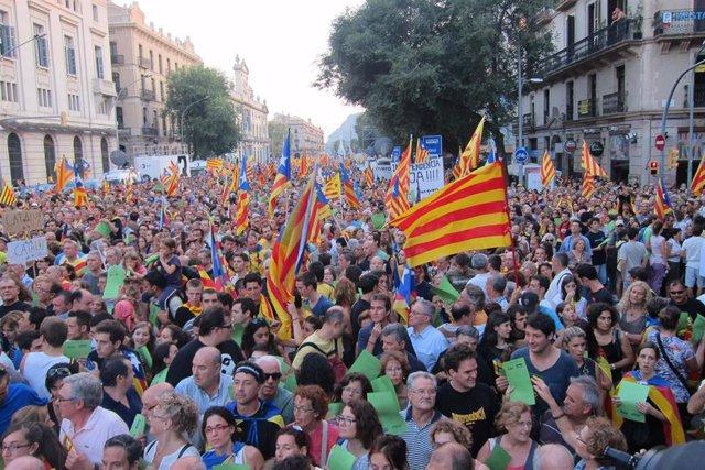 Gran manifestación independentista en el centro de Barcelona en la Diada. 11 de