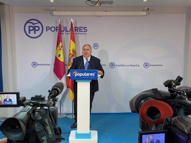 Vicente Tirado en rueda de prensa