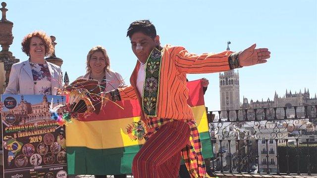 Sevilla.-Unas 1.500 personas en el desfile del Carnaval Boliviano e Iberoamerica