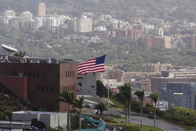 Pompeo dice que todo el personal diplomático de EEUU en Venezuela ha salido ya d