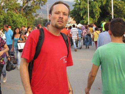 Liberan al periodista alemán Billy Six tras más de cuatro meses preso en Venezuela