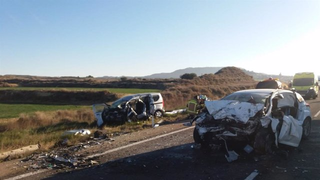 AMP.- Zaragoza.- Sucesos.- Dos muertos en un accidente de tráfico en la A-125, e