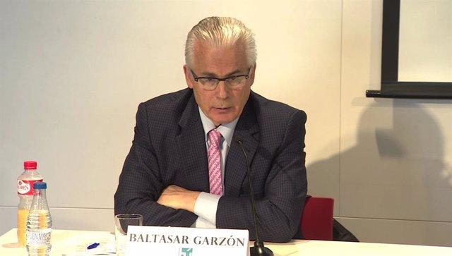 Presentación en Bacelona de Actúa, el partido con el que Baltasar Garzón y Gaspa