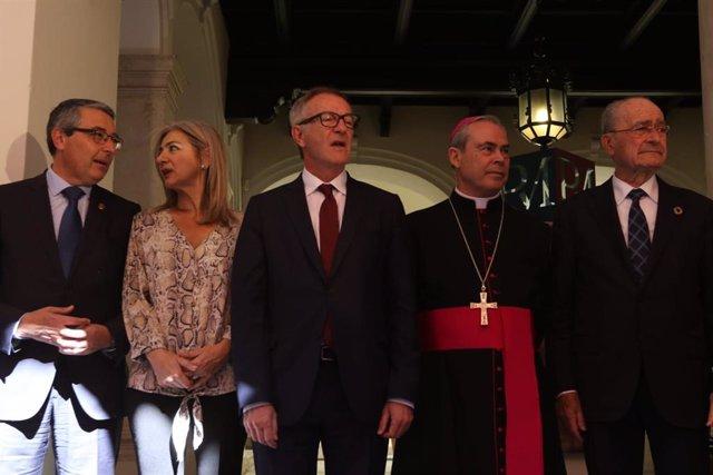 """Málaga.- El ministro de Cultura resalta como """"artista contemporáneo"""" al escultor"""