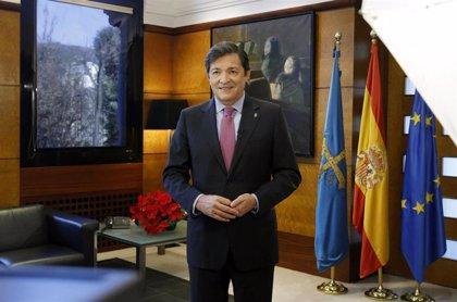Javier Fernández retoma su agenda este lunes tras su intervención quirúrgica