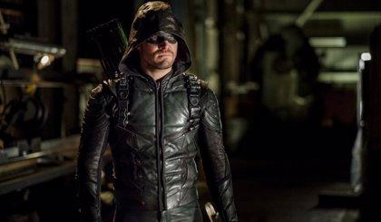 El final de Arrow abre la puerta a la película del superhéroe en el universo DC