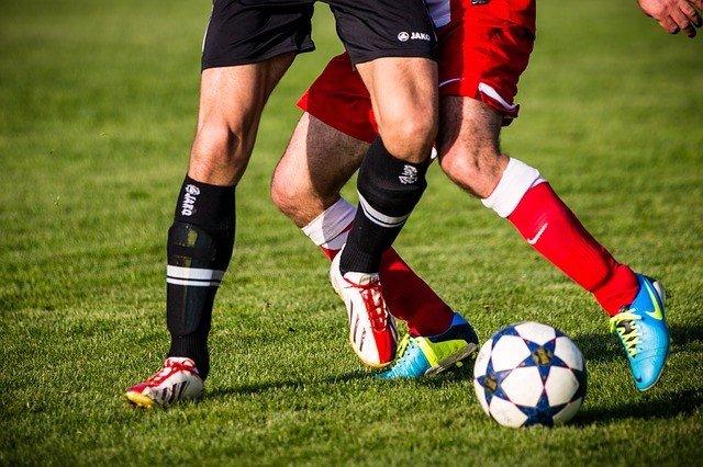 EEUU.- Los jugadores de fútbol podrían tener mayor riesgo de ELA