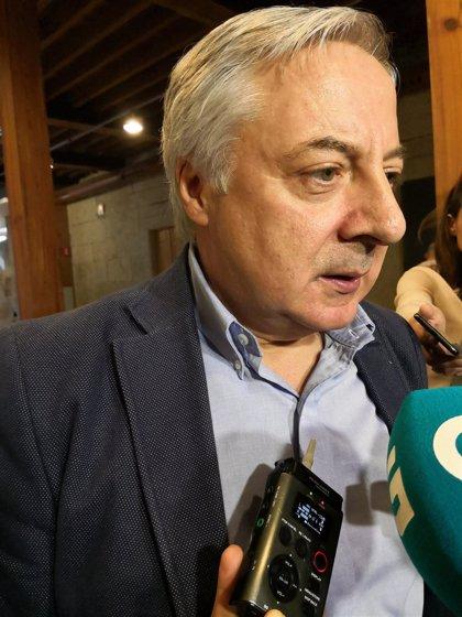 El PSOE deja fuera de la lista para Europa a José Blanco e incorpora al lalinense Nicolás González Casares