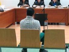 Judici per violar i apunyalar una dona i abandonar-la en un barranc creient que l'havia matat (EUROPA PRESS)