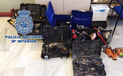 A prisión cuatro varones por presuntamente robar en naves industriales y furgonetas de Málaga y Granada