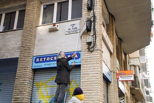 El districte de Grcia de Barcelona canvia de nom el carrer Secretari Colopa po
