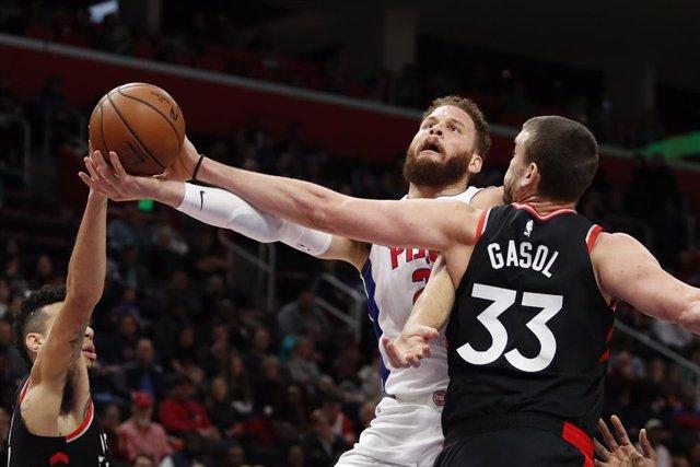 Baloncesto/NBA.- Marc Gasol roza el 'triple-doble' y los Bucks caen en la mejor