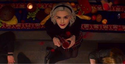 """La 2ª temporada de Las escalofriantes aventuras de Sabrina ya tiene tráiler: """"La maldad sienta tan bien"""""""