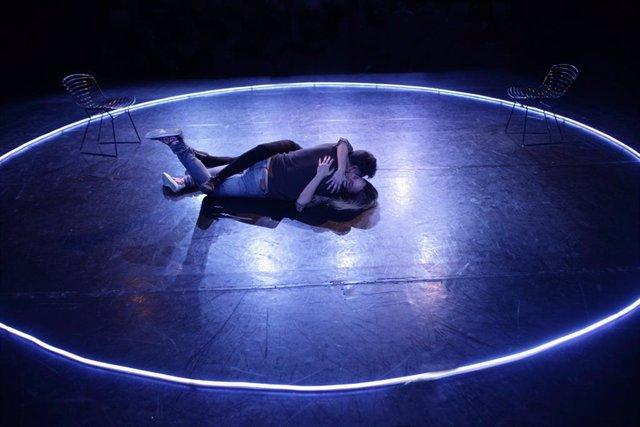 Llega al Escenari Brossa una reflexión participativa sobre las parejas